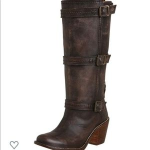 Frye Shoes - Perfect brown boots!!
